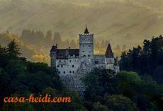(Dracula's) Bran Castle ©Dinu Mendrea